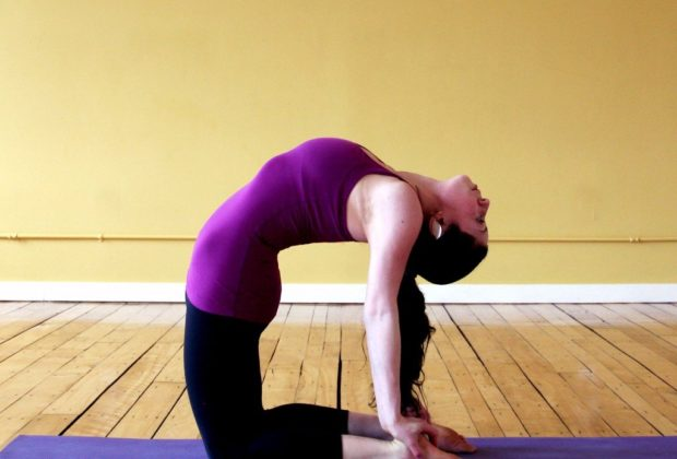 Relax And Rejuvenate Your Life by a Yoga Retreat